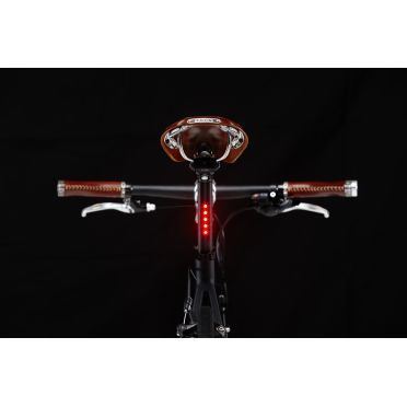 Lightskin - Built-in Light Seatpost - AA Powered - V2 - Black